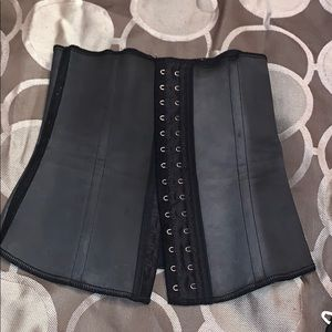 Used Squeem Waist Cincher size small